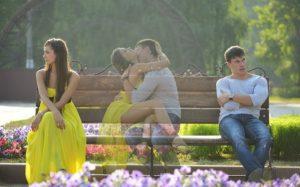 Стоит ли скрывать влюбленность